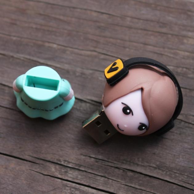 Doll USB 5