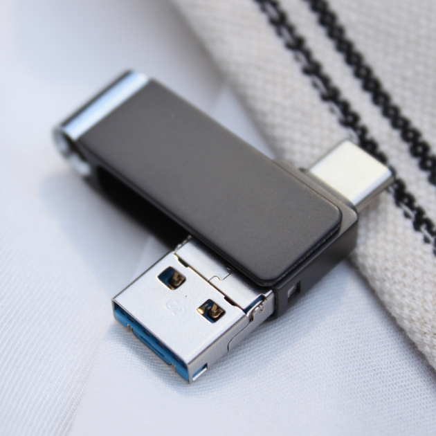 TYPE C 三合一 OTG 隨身碟 64GB 鐵灰(附珠鍊) 2